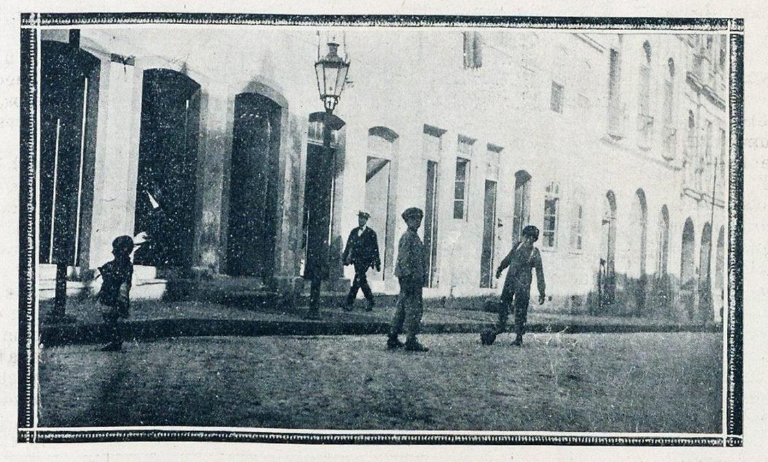 """A Mascara"", BNDigital, 1920, Ed00013, p23. Fotografia."