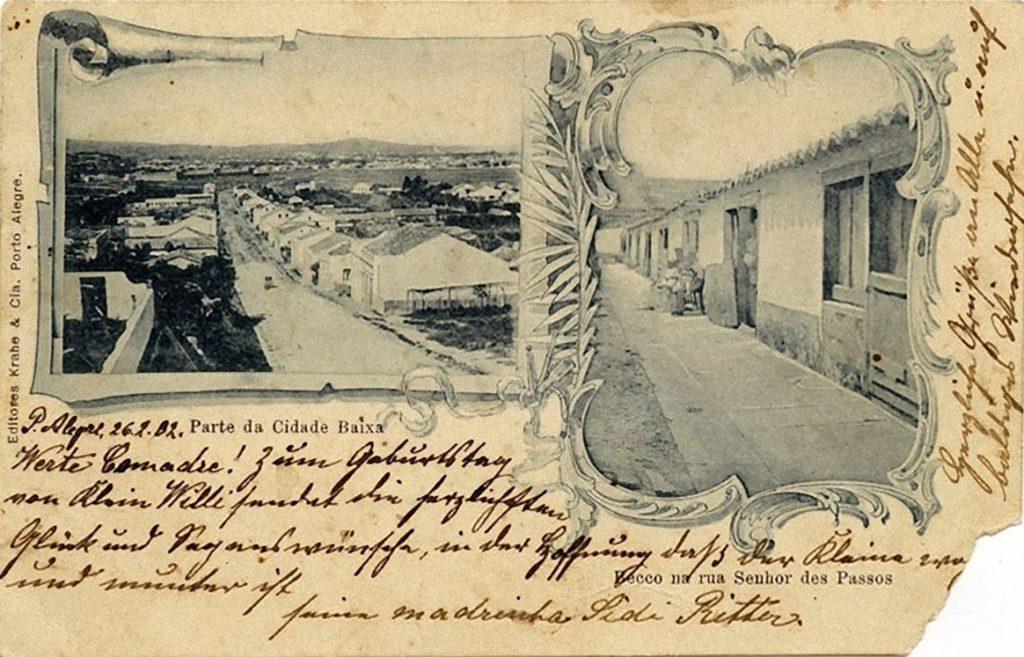 """Postal de Porto Alegre do final do século XIX e início do XX. """"Becco na Senhor dos Passos"""". Fotógrafo e acervo desconhecidos."""